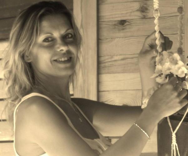 Tra pochi giorni ti parlerò di Raffaella Lamastra: donna, mamma, giornalista e anche scrittrice...