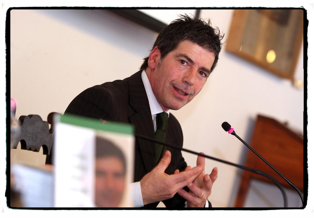 Giancarlo Fornei alla Biblioteca Civica di Verona (marzo 2014), alla conferenza organizzata dall'Associazione Le Donne del Marmo -    foto Marco Toninelli