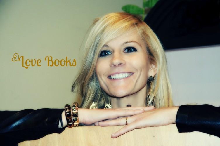 Tra pochi giorni, su questo blog, Mapi Danna Cecchetto ci racconta che cosa è com'è nato LoveBooks!