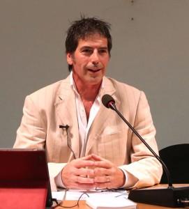 Una bella immagine del coach motivazionale Giancarlo Fornei in conferenza a Verona (ottobre 2014)
