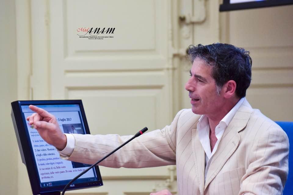 Giancarlo Fornei a Catania 3 luglio 2017 - indica la strada da seguire ai formatori Anam