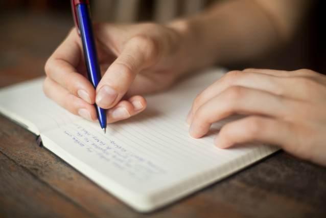 Scrivere fa bene (un taccuino sempre in borsa)...