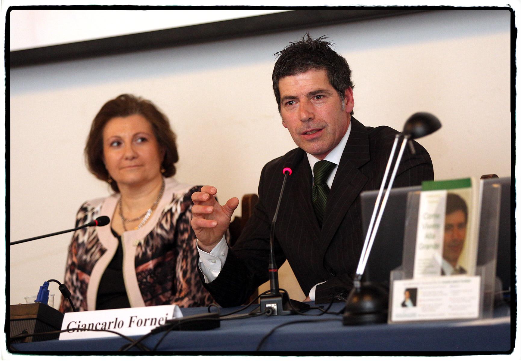 Il coach motivazionale Giancarlo Fornei a Verona, durante la conferenza sull'autostima organizzata da Debora Alberti Botteon Presidente dell'Associazione Le Donne del Marmo (marzo 2014)...